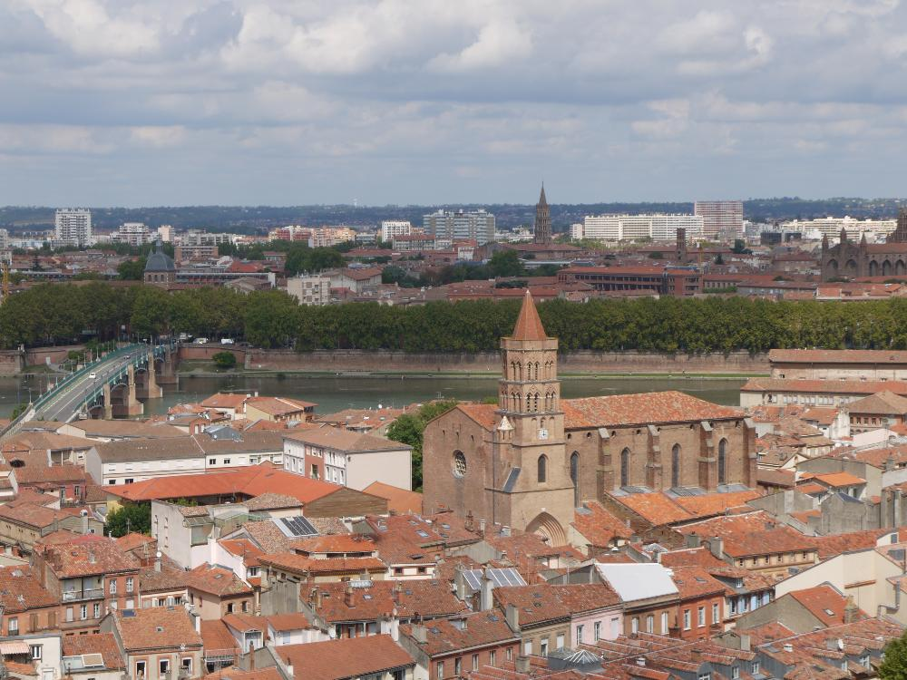 Toulouse city scene